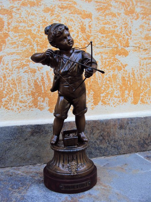 """Sortie d'ecole"" - Cherub with bow - bronzed metal - France - c. 1900"