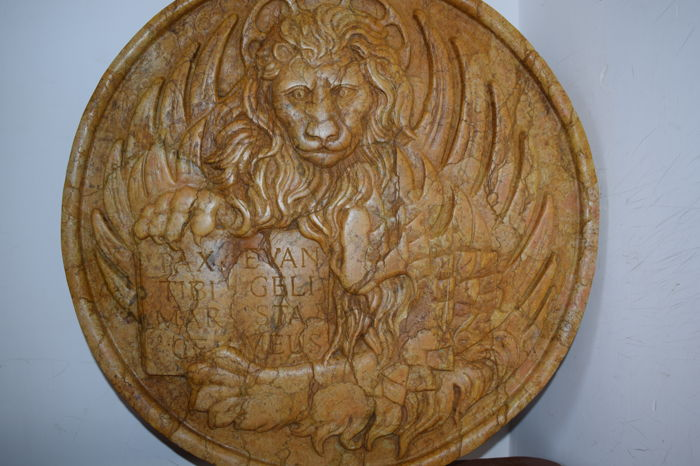 Antique Venetian seal - Marble