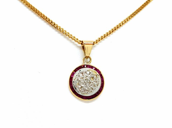 18 kt. Bicolour, White gold, Yellow gold - Necklace with pendant - 0.15 ct Ruby - Diamonds