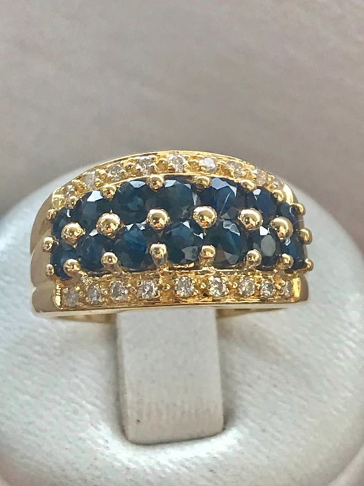 18kt yellow gold ring set with sapphires and diamonds totalling 1.76 ct - size 52/16.5 mm
