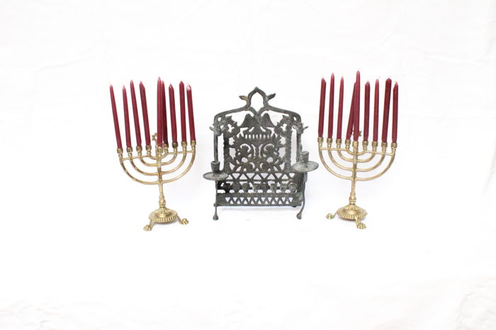 Three brass& bronze hanukkah candle holders - Belgium - 18th/20th century