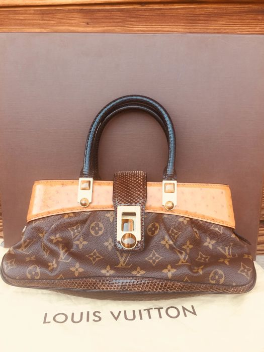 66fc624acd57 Louis Vuitton - Limited Edition