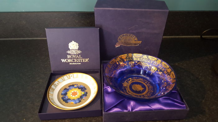 Royal Worcester & Rintons -porcelain and glass, millennium 2000AD and Q.Elisabeth II celebrate the 80 th  - England