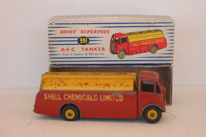Dinky Toys - 1:48 - Dinky (Super-)Toys A.E.C. Monarch Thompson Tanker - no.591/911 - 1952/'54