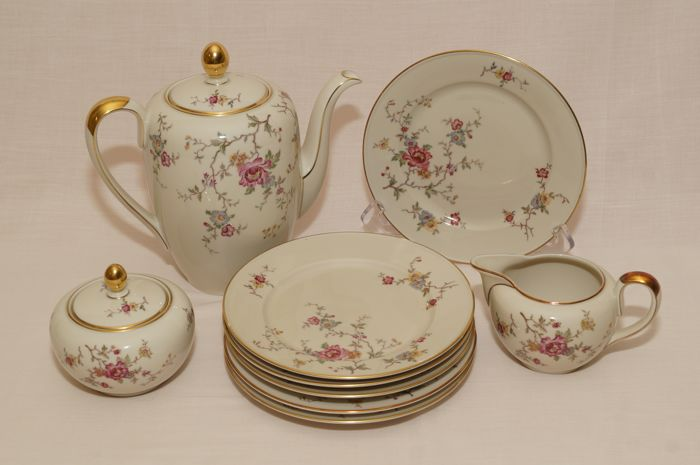 Johann Haviland Bavaria 3 piece set for tea/coffee + 6 side plates Ivory. Gold edges.