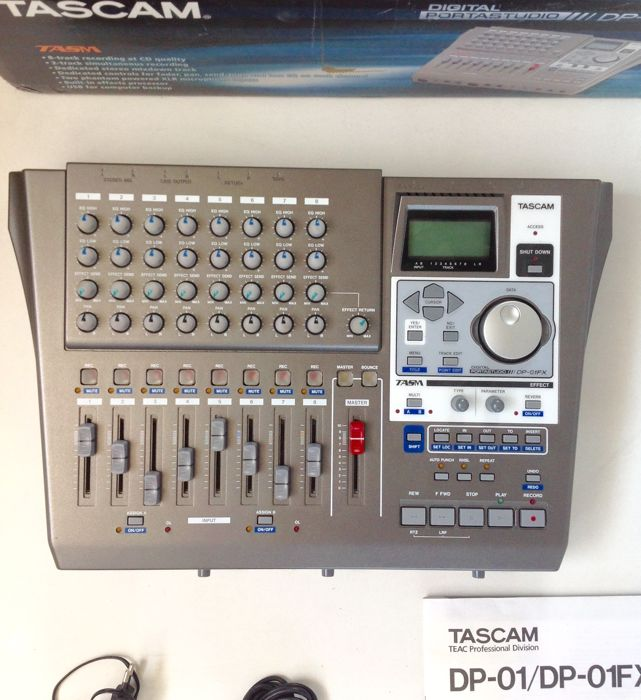 TASCAM DP01FX - digital 8-track Multitrack Recorder/Portastudio (40