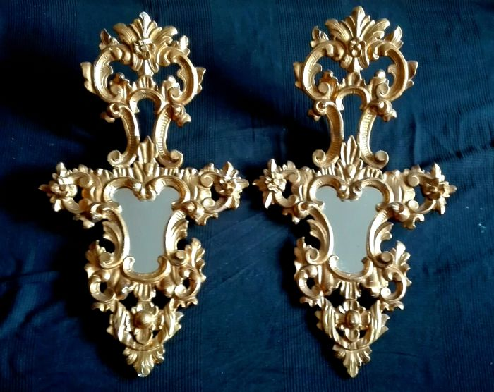 Pair of cornucopia mirrors - carved gold leaf wood - ca. 1900