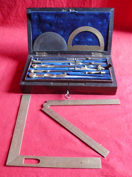 Various tools for technical drawing - Brass - end 19th, early 20th.