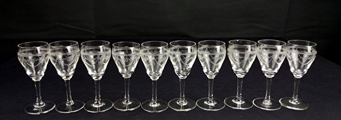 Baccarat - Set of 10 wonderful crystal cognac goblets