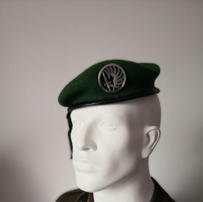 Foreign Legion - tracksuit + beret
