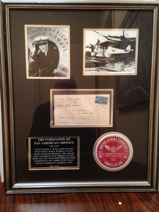 Showcase from the Pan American World Airways (with COA)