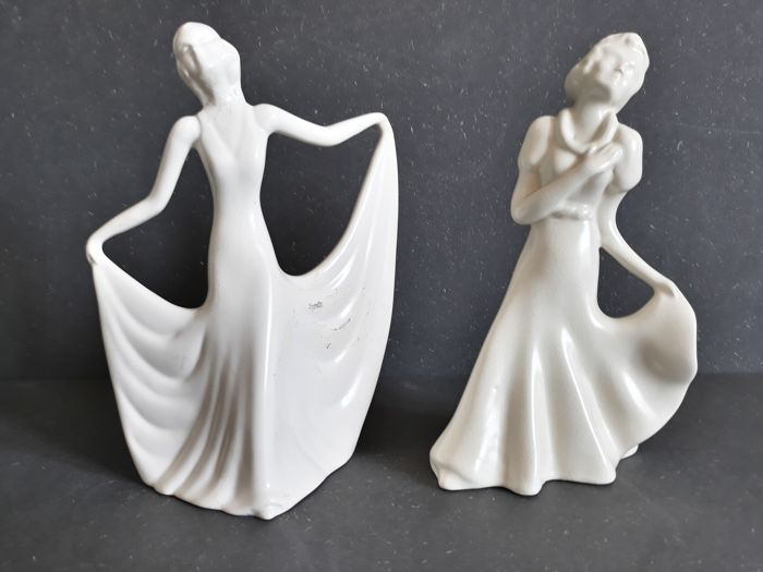 Etha Lempke (1909-1991) for Plateelbakkerij Zuid-Holland, Gouda - Art Deco dancer & elegant lady