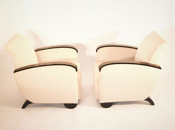 A pair of Art Deco armchairs - Completely renovated