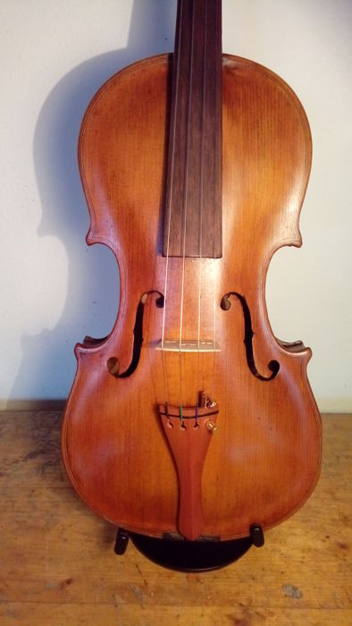 Violin Jakobus Steiner ex Absam prope Oenipontum 1730 - 4/4 - perfect working order - headstock carved in the shape of a lion