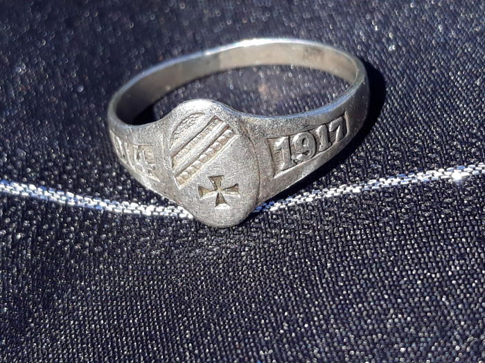 German ring 1914-1917 (punched)