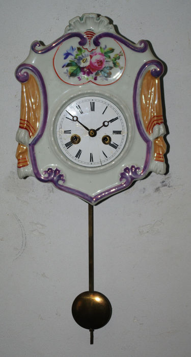 Schwarzwalder porcelain clock - With spring movement - Period 1860