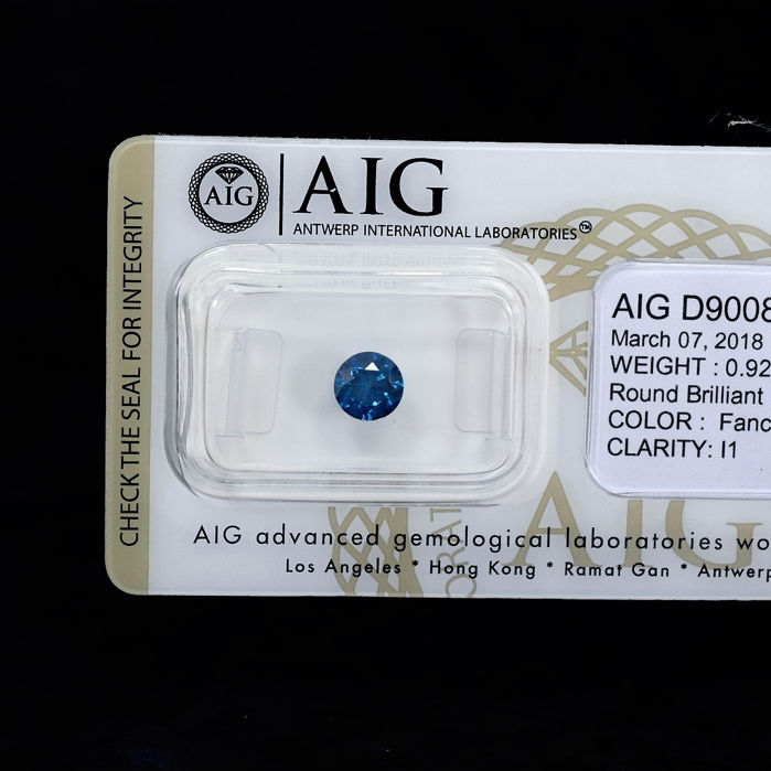 Blue Diamond - 0.92 ct, NO RESERVE PRICE - EXC/G/VG