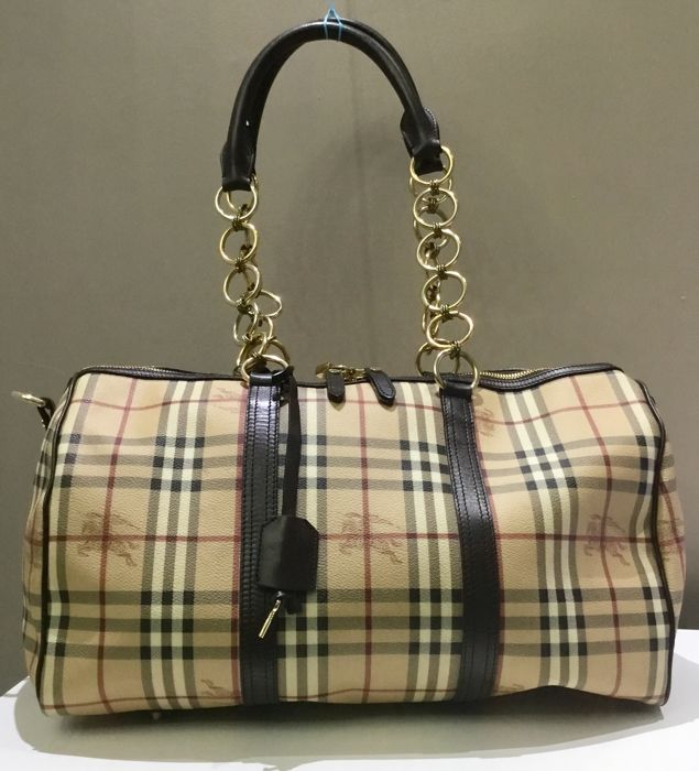 Burberry - Travel Bandouliere 45 Travel bag