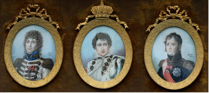 Exceptional paintings on ivory of Napoleon I, Ney and Murat bronze frame of the time Empire, signed dated 1810