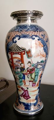 Rare vase in Famille Rose porcelain with silver setting - China - Qanlong Period 1736-1795