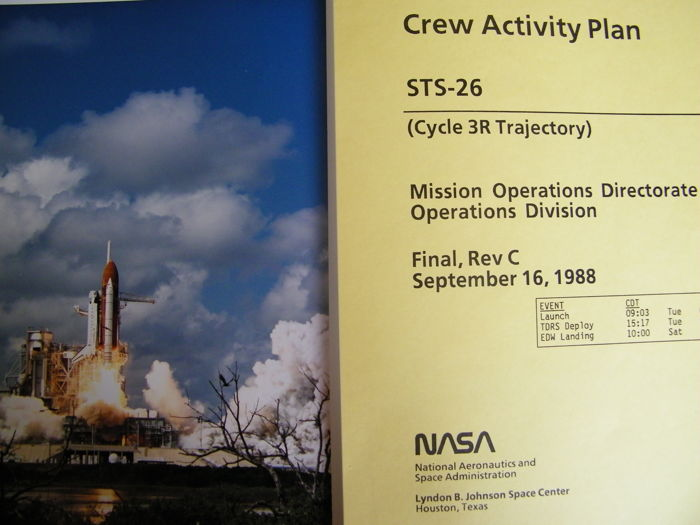 Original Crew Activity Plan of STS-26 (1988) and 2 photos - Rare vintage material from NASA Houston