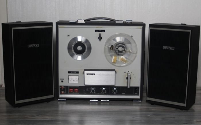 Sony Model TC-252 - a four-track stereophonic/monophonic tape recorder