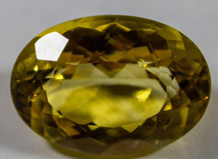 Citrine - Orangey Yellow - 11.53 ct *NO RESERVE PRICE*