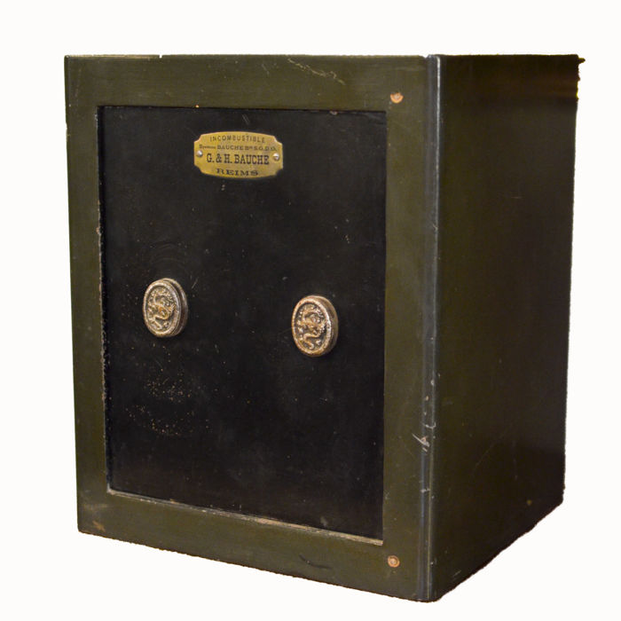 Wonderful and rare G&H Bauche safe, renowned workshop in Reims, from 1920 - perfectly working