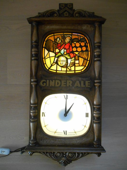 Large illuminated clock from Ginder-Ale from 1983