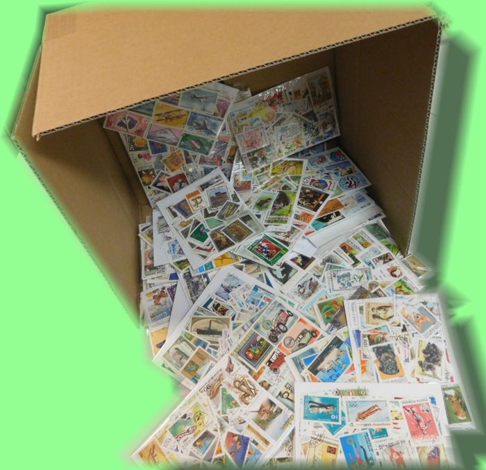 World - More than 50 thematic packages in box