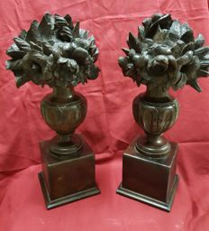 Pair of flower bouquets with wooden base - 19th/20th century