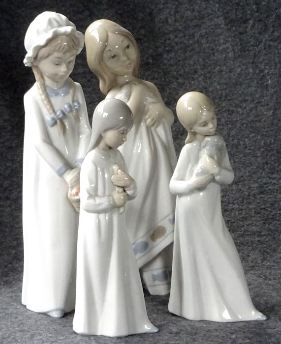 Zaphir - Four porcelain sculptures