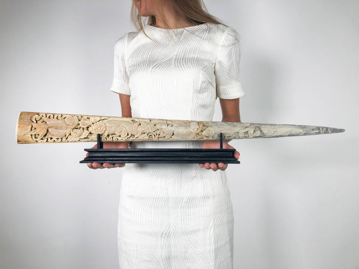 Large, finely-detailed and patinated Swordfish rostrum, hand-carved with Japanese KOI fish - Xiphias gladius - 80.5cm