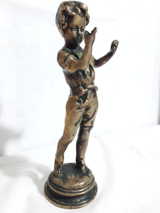 Bronze sculpture depicting a boy - First half of the 19th century