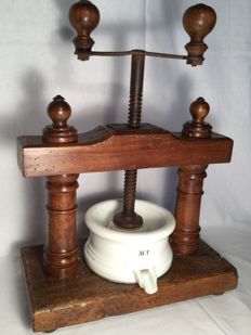 Rare large kitchen press for fruit etc. - France - late 19th century