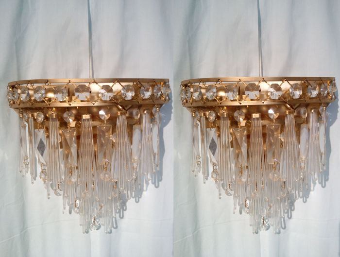 Unknown designer - Two Twister Quadriedo Crystal Sconces - Maker Unknown