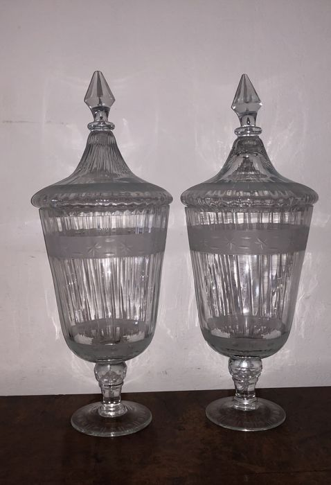 2 Cut Glass Urn Jars With Lid.