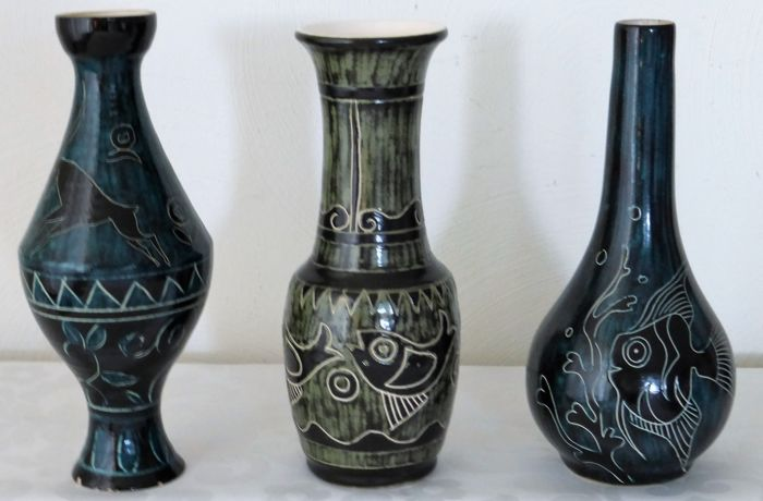 De Gats Three Vases Capricorn And Fish Catawiki
