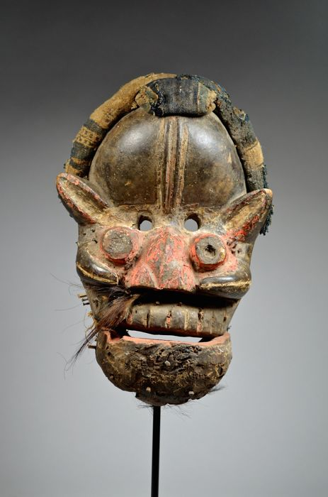 Old used mask - GUERE / DAN - Ivory Coast / Liberia