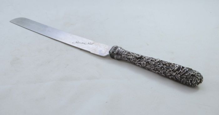 A silver Challah bread knife - with stainless steel blade - Israel - ca. 1940/1950