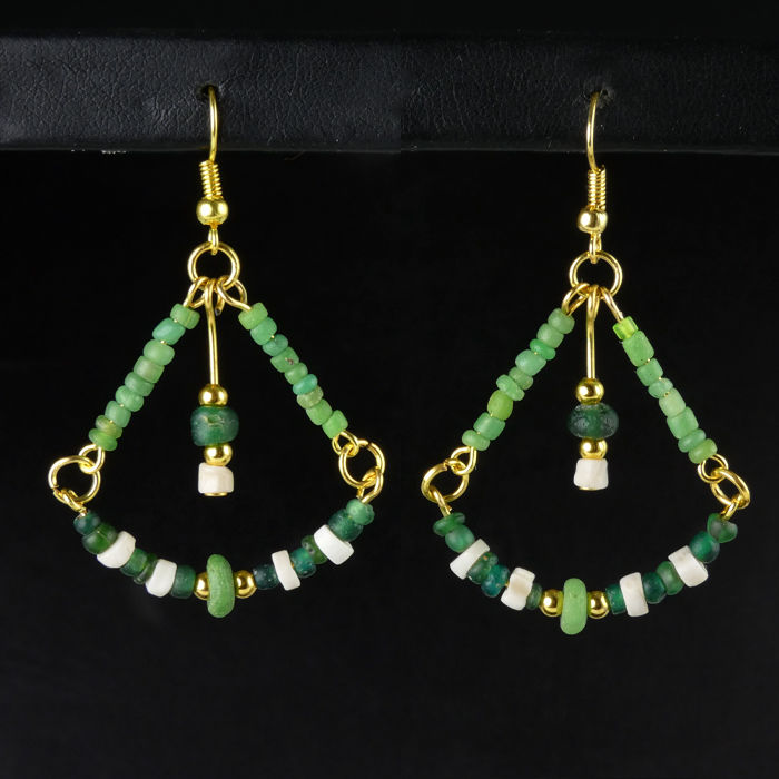 Ancient Roman Glass Earrings with green glass and shell beads - (1)