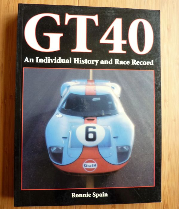 Boeken - Ford GT40 an individual History and Race Record - 2003-2003 (1 items)
