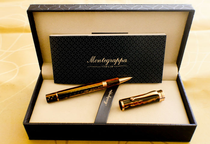 Montegrappa - Stylo Roller Ducale, Or Rose Marron.