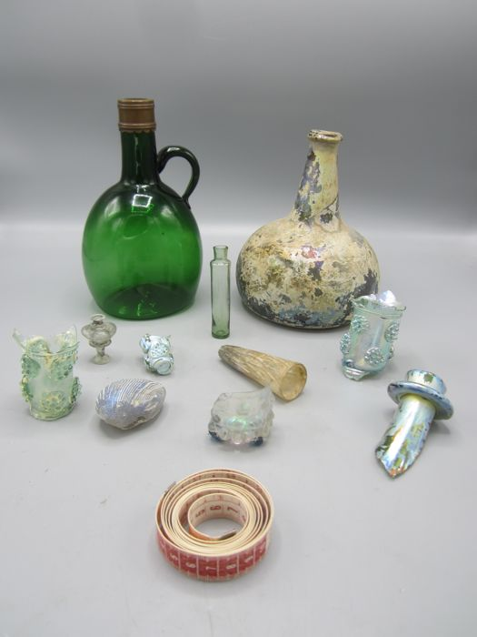 Glass bottom finds and a bottle, 17th, 18th, and 19th century