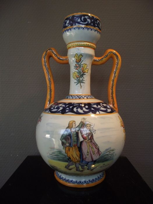 henriot quimper faience vase with handles france circa 1895 catawiki. Black Bedroom Furniture Sets. Home Design Ideas