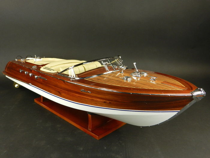 Model Boat Wood Riva Aquarama 67cm model - Wood - 2018