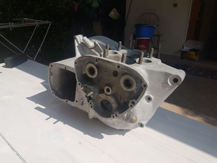 Engine/Engine parts - Triumph 650 (1 items)