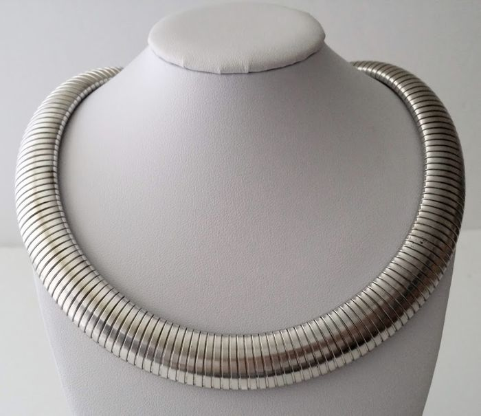 Les Bernard Flexible Tubogas Collar Necklace