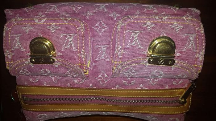 b5c2048a9d Louis Vuitton - Buggy PM monogram denim pink Borsa a tracolla - Catawiki
