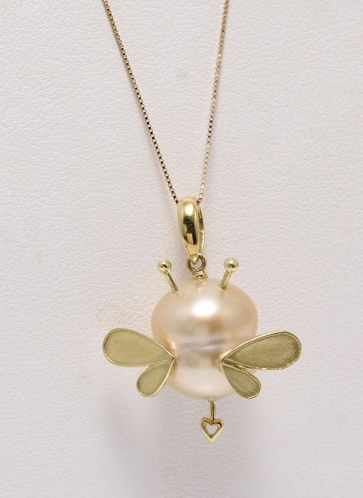 Handmade unique bumble bee pendant in 18k yellow gold with a handmade unique bumble bee pendant in 18k yellow gold with a lustrous golden south sea pearl aloadofball Choice Image